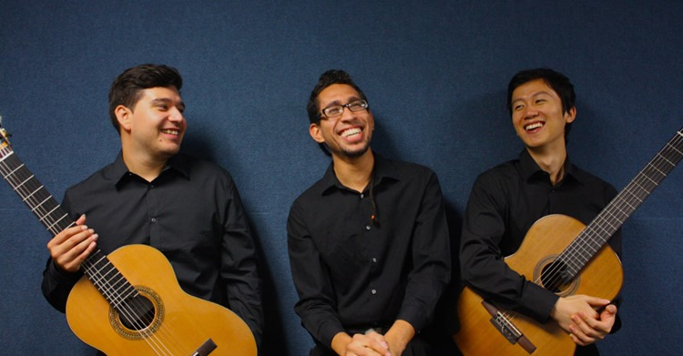 Photo of 'Trio Resonance' guitar ensemble members