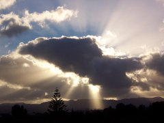 Sun and Cloud Effect, Auckland
